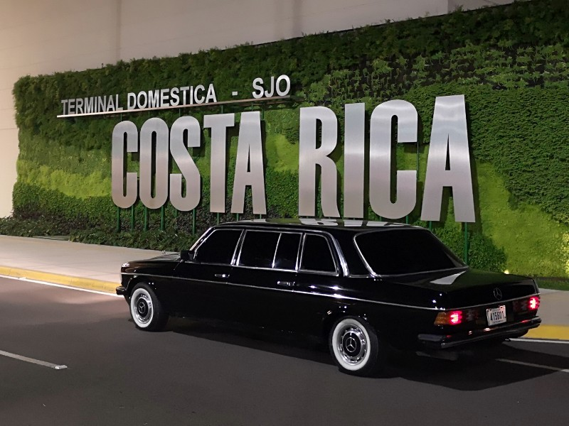 Terminal-Domestica-SJO.-COSTA-RICA-W123-LANG-LWB-LIMOUSINE-AIRPORT-SERVICEb45aad2137afc079.jpg