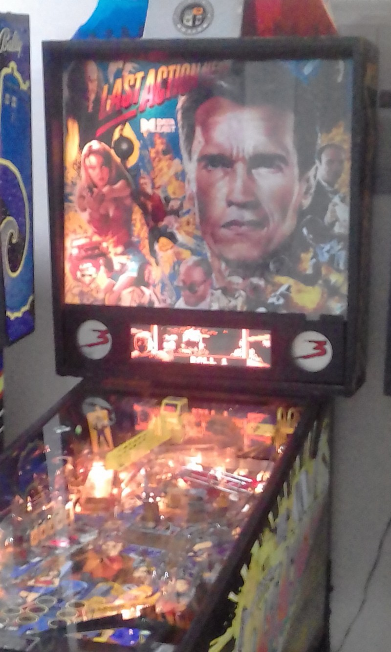 LAST-ACTION-HERO-PINBALL-MACHINE-COSTA-RICAdcaed537dc6fccfa.jpg